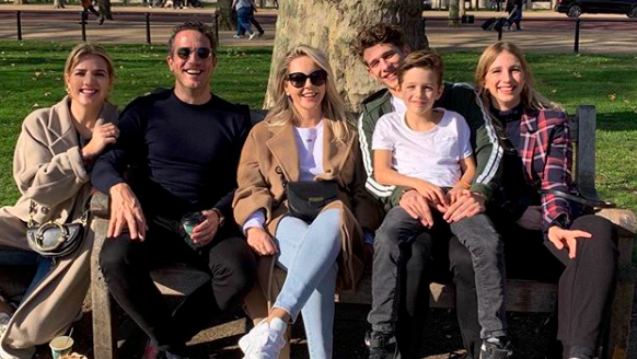 Chantal Janzen open over samengesteld gezin - ShePostsOnline